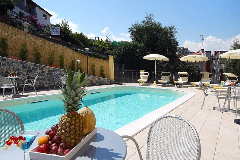 Piccolo Hotel pool
