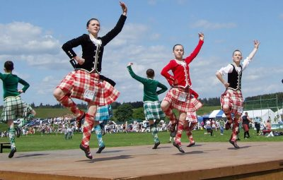 Highland-dancing