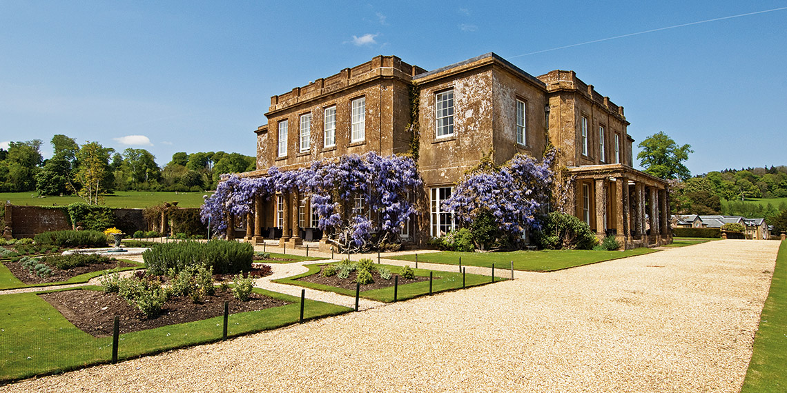 A classic country house